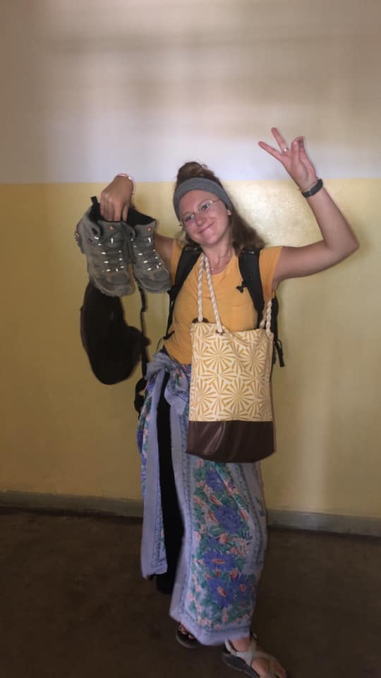 A photo of me in my Tanzanian prime to remember me by... usually with way too many things in my hands and no clue whats going on, but always ready to throw up a peace sign and a smile!