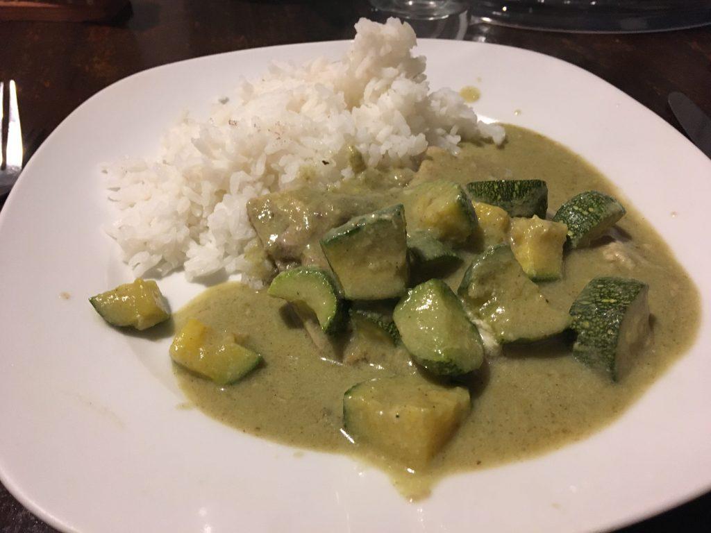 curry of green pipian (paste of pumpkin seeds) and zucchini.
