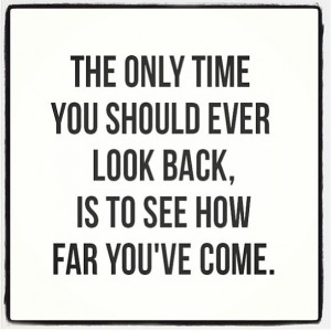 Motivation-Picture-Quote-Dont-Look-Back