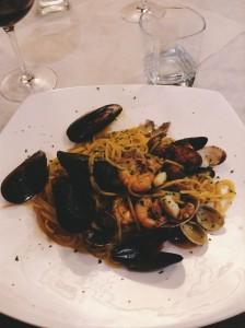 Frutti di Mare (seafood pasta!)