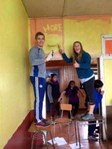 Painting the walls of elementary school in Chiloé.