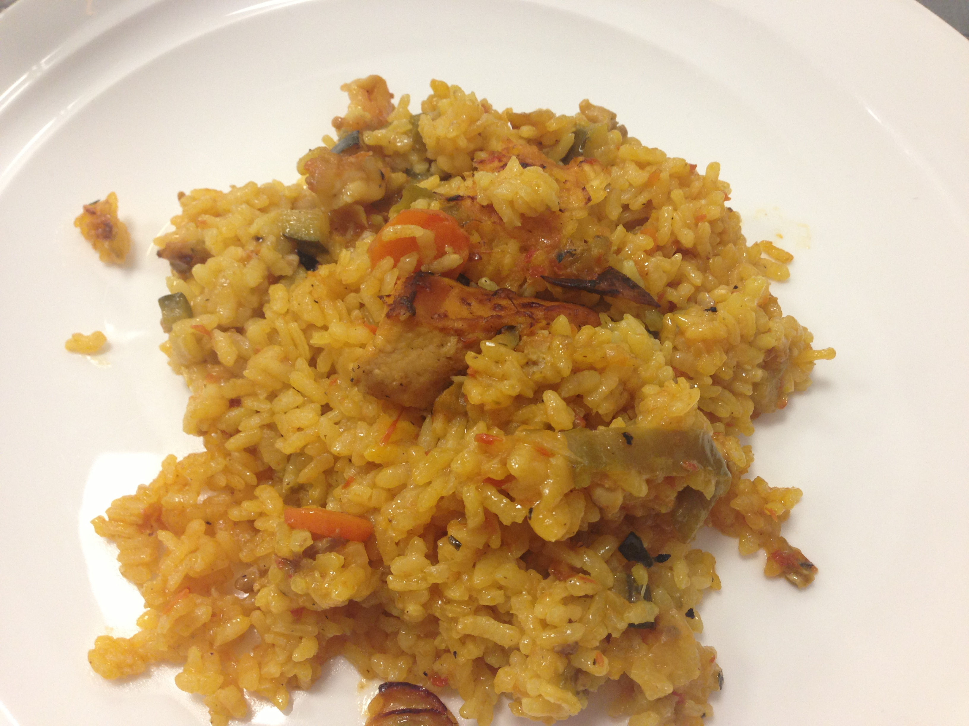 What would a blog post about food be without a picture of paella! Haha.