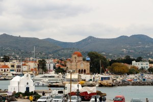 Last weekend we got to check out the nearby island of Aegina (just 45 min to 1 hour away by ferry!)