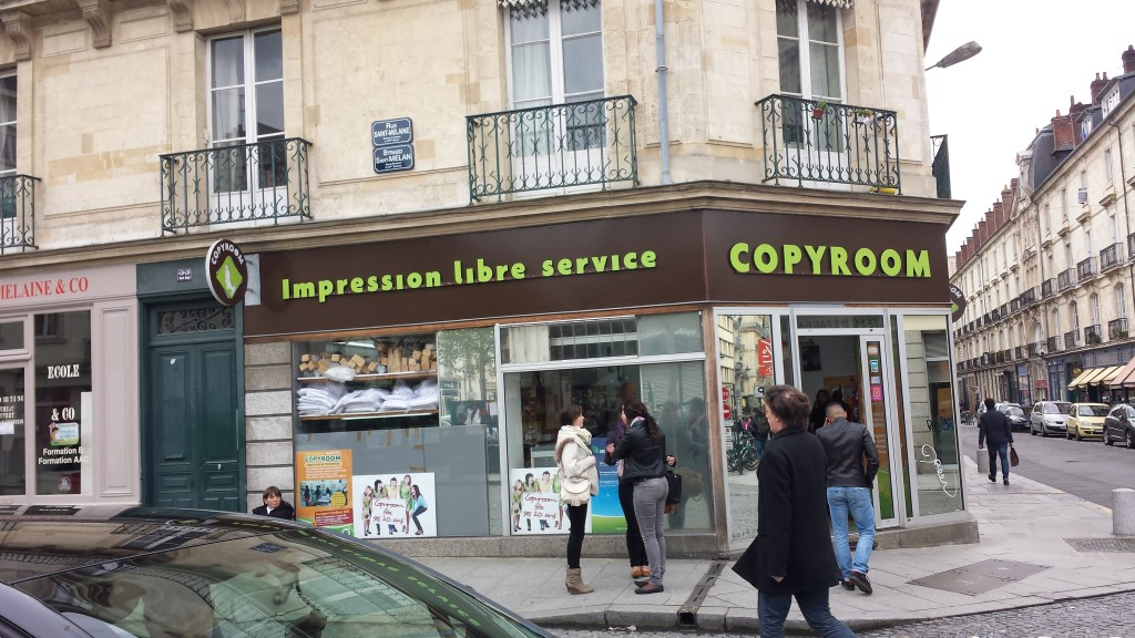 Copyroom--English shop names are more common than I'd thought. I think English makes it cool and hip somehow.