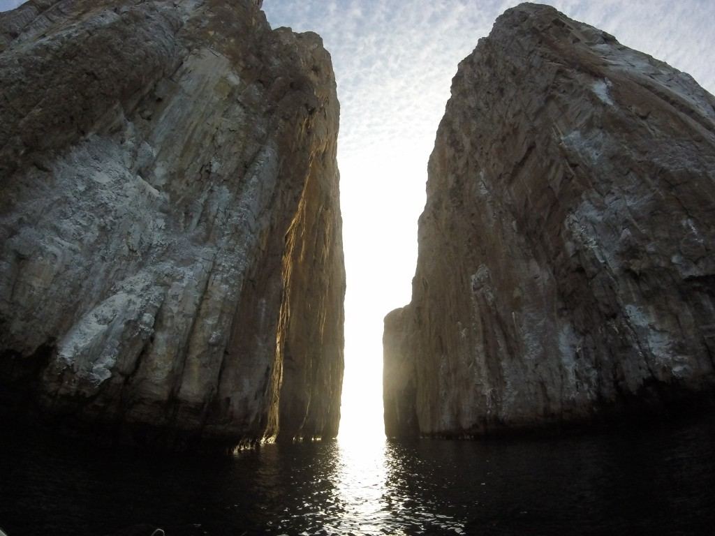 The channel of Kicker Rock