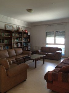 The hangout room at SIT. We have so many leisure books to choose from!