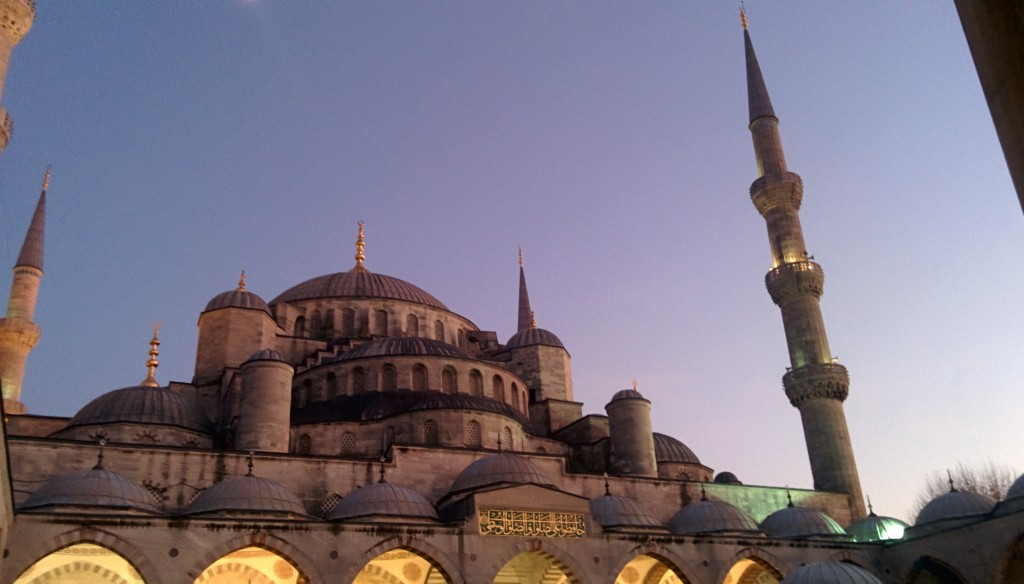 Sultanahmet Mosque at dusk.