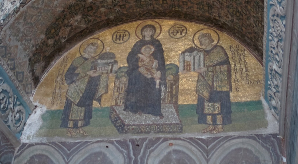 Mosaic, Agia Sophia. From left: COnstantine, Mama Mary, Jesus the Babe, and Justinian (the Bae). A lot of my favorite people in one picture.